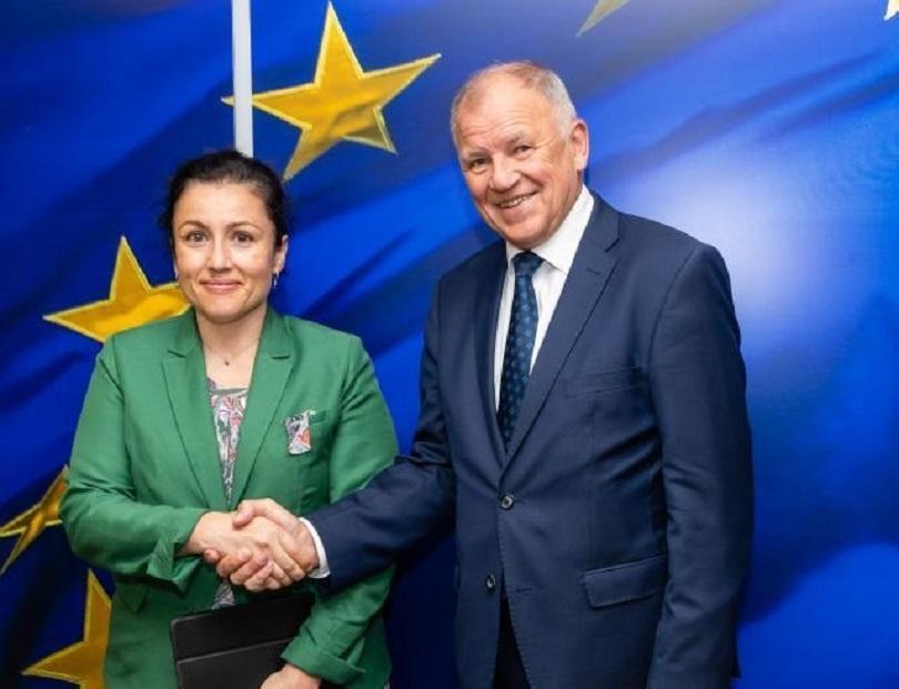 снимка 2 България ще получи от ЕС близо 3 млн. евро за борба с африканската чума