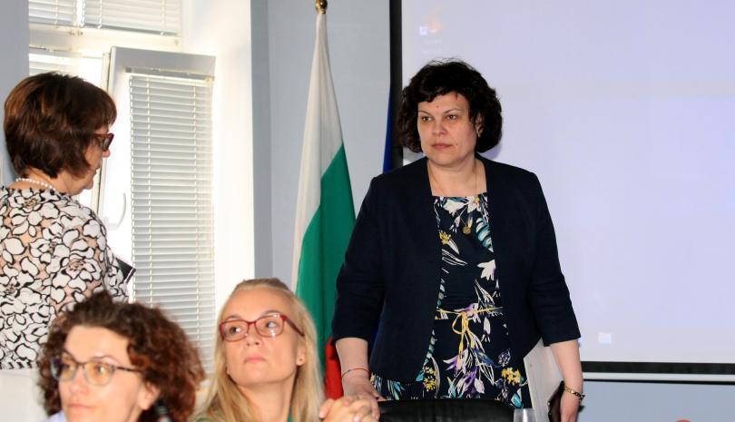 406 средната оценка матурата български език литература