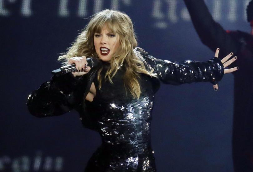 Тейлър Суифт ще открие с изпълнение на своя песен тазгодишната