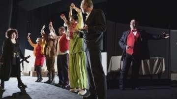 Театър Сълза и смях пуска евтини билети за пенсионери и социално слаби