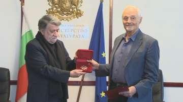 Режисьорът с български корени Тед Кочев с награда Златен век