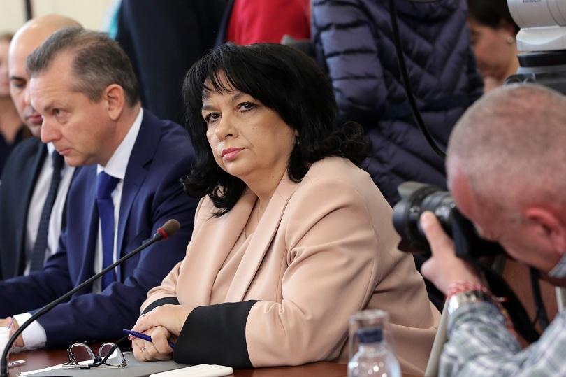 каракачанов оставката теменужка петкова приета