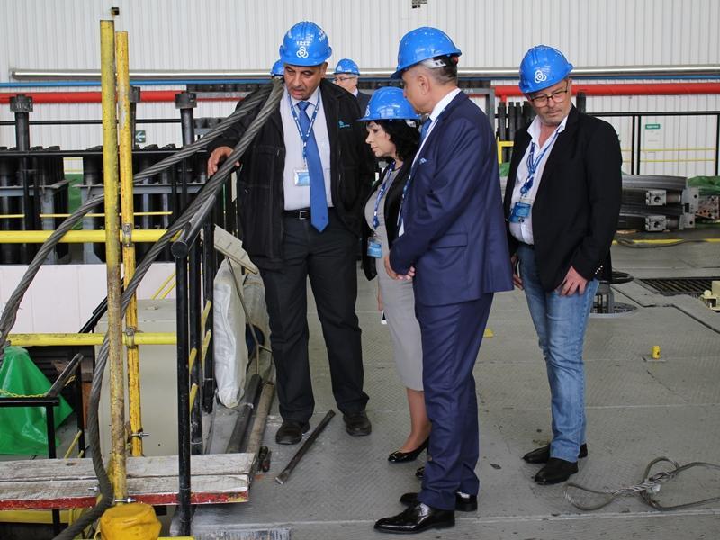 снимка 1 Енергийният министър инспектира ремонта на АЕЦ Козлодуй
