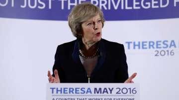Тереза Мей става премиер на Великобритания, Камерън се оттегля до сряда