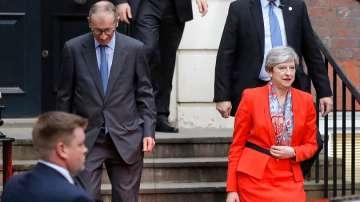 Тереза Мей каза, че ще се стреми да остане на поста, за да осигури стабилност
