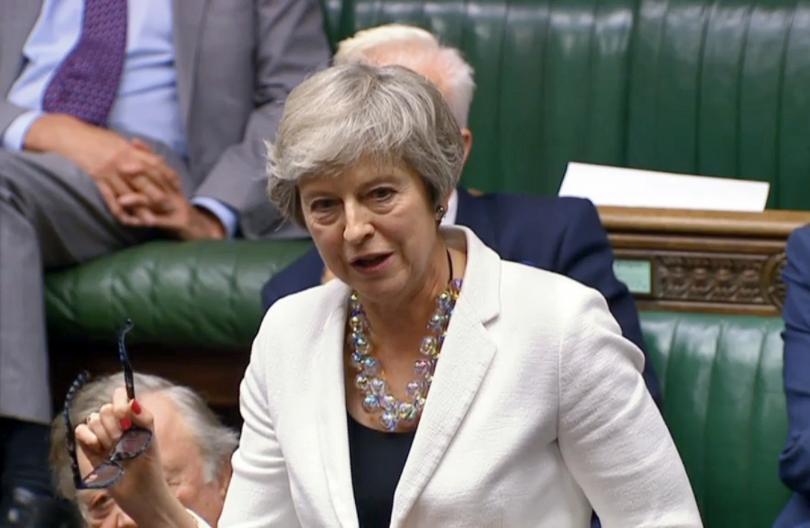Снимка: Тереза Мей пред британския парламент: Имам усещане за дежа вю