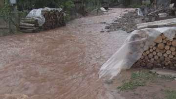 След наводненията в Тетевенско: Извънредно заседава Комисията за подпомагане