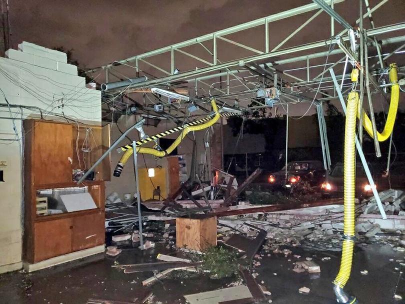 снимка 1 Торнадо удари Тексас