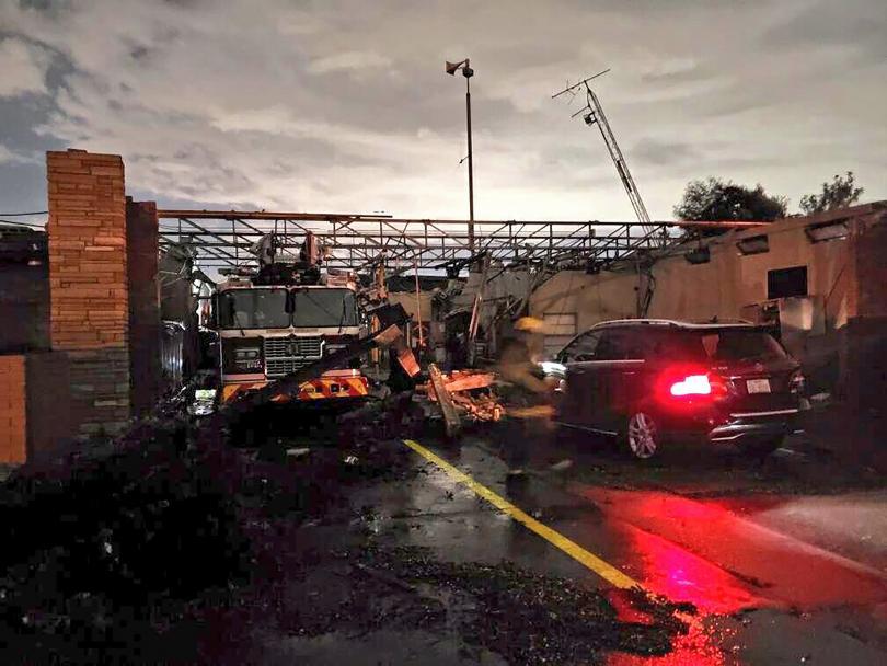 Торнадо удари тази нощ Тексас, като по пътя си нанесе