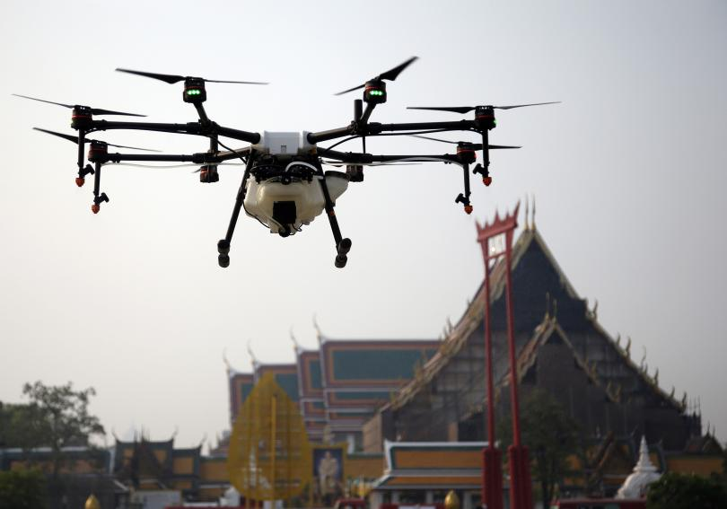 Снимка: Тестват дронове срещу мръсния въздух в Тайланд