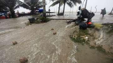 Тропическата буря Пабук бушува в Тайланд
