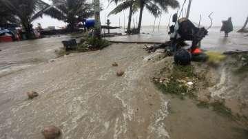 Тропическа буря бушува в Тайланд