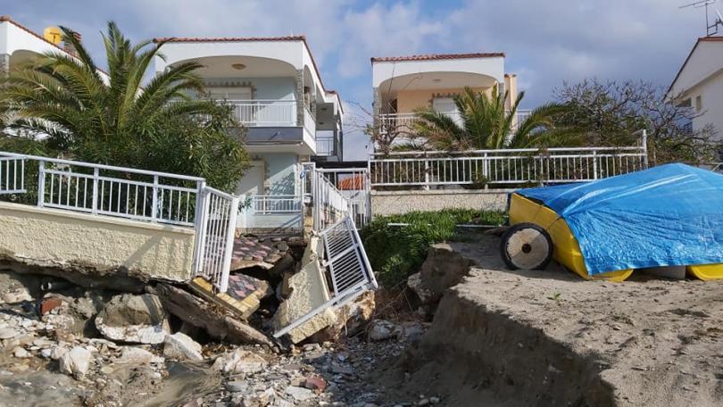 проливни дъждове нанесоха щети гръцкия остров тасос