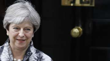 Британското правителство отлага законодателната си програма