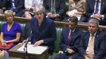 След оставките: Тереза Мей призова министрите си да бъдат обединени
