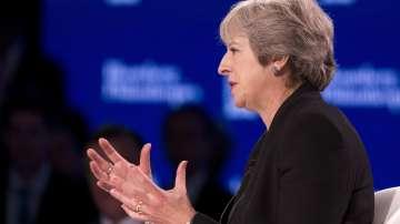 Тереза Мей: Край на нискоквалифицираната имиграция във Великобритания