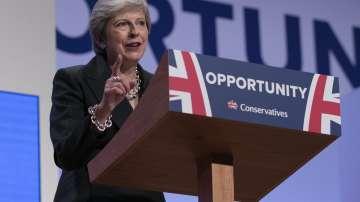 Тереза Мей призова консерваторите да се обединят за сделка с ЕС