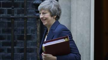 Тереза Мей представя План Б за Брекзит