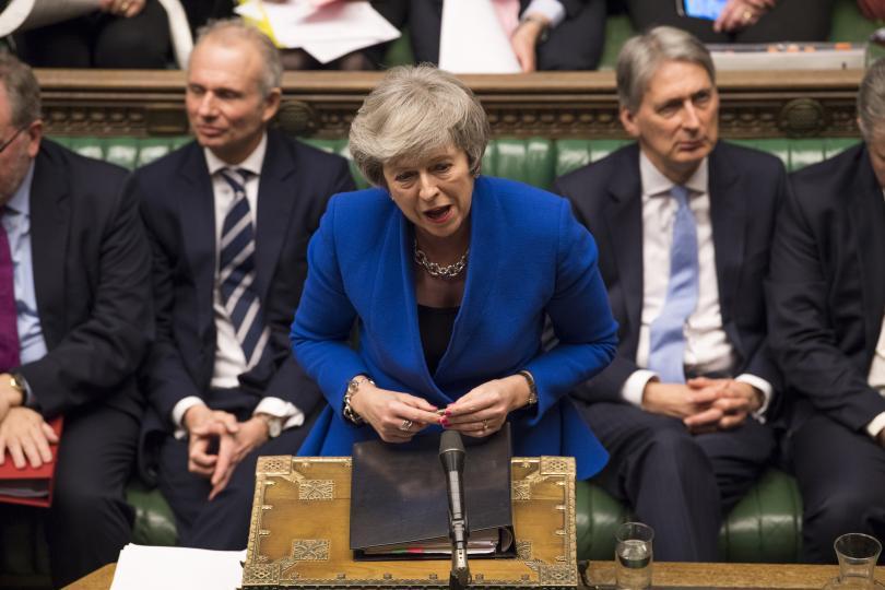 Вотът на недоверие срещу британското правителство, внесен от лейбъристката опозиция,