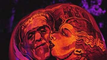 Изложба на издълбани тикви като картини в Лос Анджелис