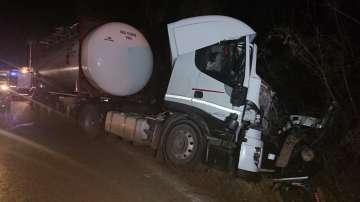 Шофьор на ТИР пострада тежко при катастрофа на пътя Русе-Бяла