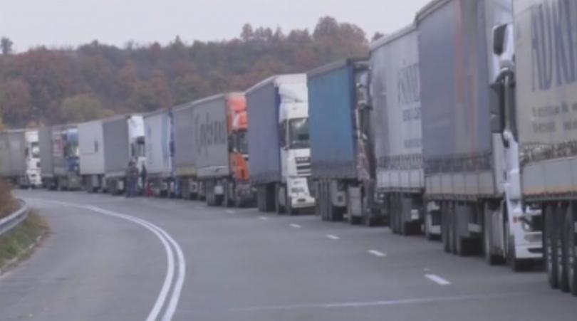 започват проверки товарните автомобили