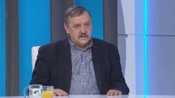 Проф. Тодор Кантарджиев: Ваксините намаляват риска от усложнения