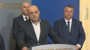 Томислав Дончев: Няма да има намаляване на пенсиите