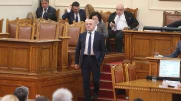 Дончев: Ще закупим между 15 000 и 20 000 машини за гласуване
