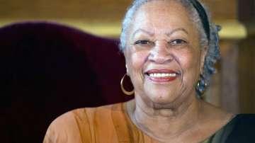 Почина Тони Морисън - първата афро-американка с Нобел за литература