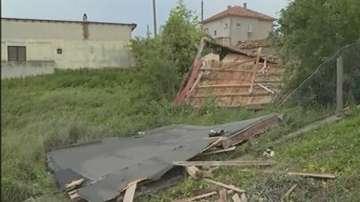 Описват щетите в пострадалите от торнадо села край Варна