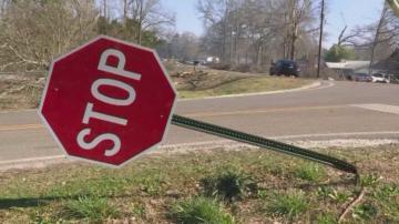 Да оцелееш след торнадо: разказ на оцелял след стихията в Алабама