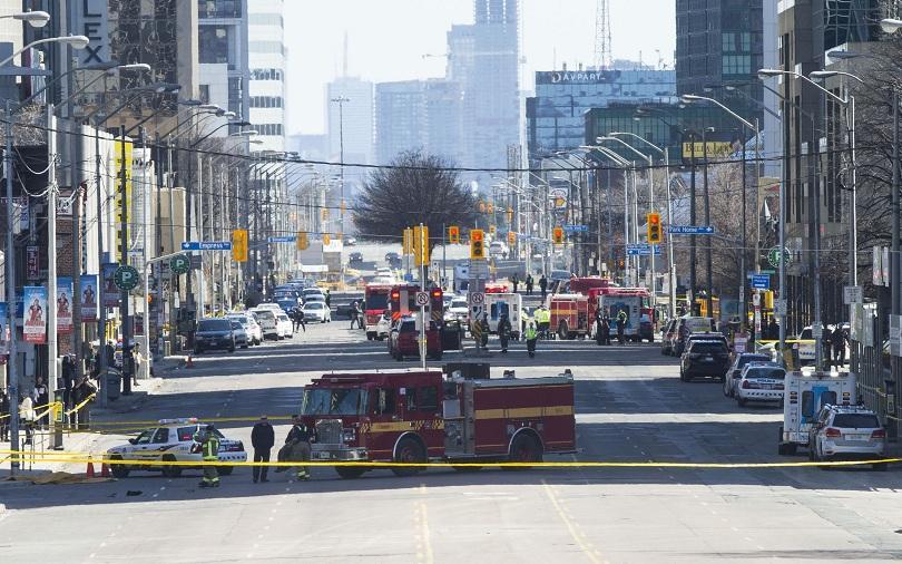 Засега няма данни за пострадали българи при инцидента в Торонто,