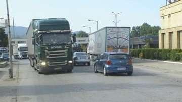 Транспортни фирми търпят загуби заради избягване на маршрути с мигранти