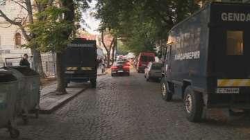 Арестувани са над 17 души в София за трафик на мигранти