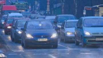 Засилени полицейски проверки по пътищата в цялата страна днес