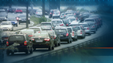 За празника на път: Очаква се интензивен трафик в цялата страна