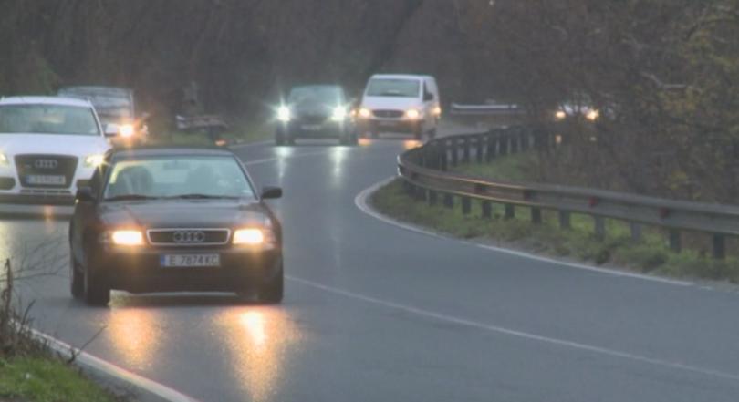 мвр апелира шофира повишено внимание заради паднали дървета пътищата