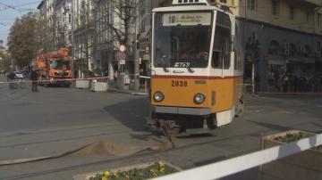 Трамвай блъсна жена в центъра на София