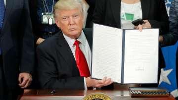 Доналд Тръмп подписа указ за изграждането на стена по границата с Мексико