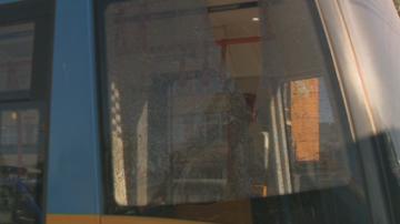Четири стъкла са счупени след снощната стрелба по два трамвая в София