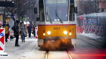 Пуснаха движението на трамваите по ул. Граф Игнатиев