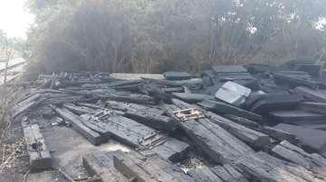 Дървени траверси са горели вчера в района на Сточна гара в София