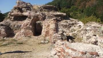 """Крепостта """"Траянови врата"""" се превръща в сцена на античен фестивал"""