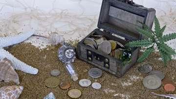Водолази подозират, че са открили сейф със злато за милиони в останки на кораб