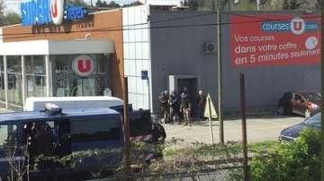 Трима са обвинени за терористичното нападение в супермаркет в Южна Франция