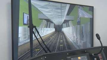 Какво представлява тренажорът, на който се учат машинистите в столичното метро