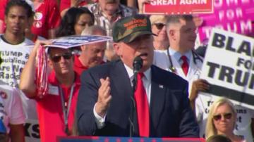Тръмп: Ще се окажем в Трета световна война, ако слушаме Хилари Клинтън