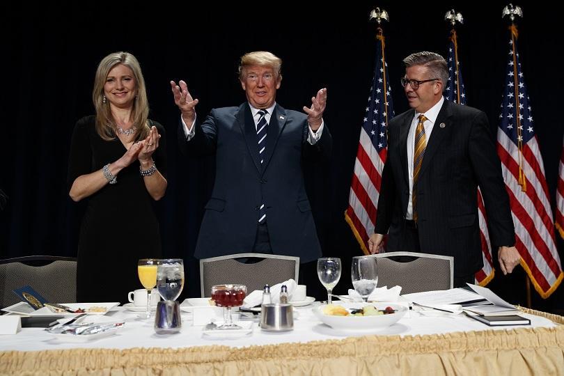 снимка 1 Представители на ГЕРБ участваха в Молитвената закуска при Доналд Тръмп