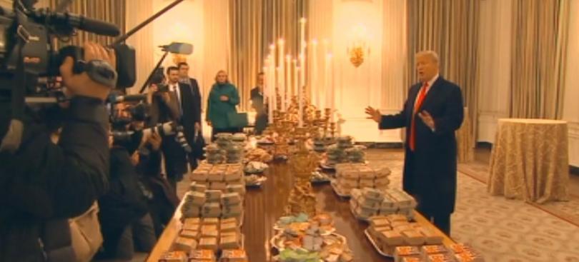 Президентът Доналд Тръмп покани на вечеря с храна от заведения
